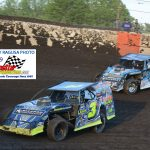 3L Jeff Leka holds off the challenge from current AMS point leader, Brian Shaw 1S