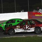 Jeremiah Senko (#42) battles Scott Ingram (#60) during the four-cylinder headliner.