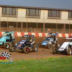 Badger Midget heat race action